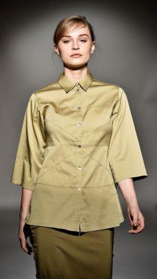 Skjorta i härlig färg.