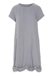 Viskosklänning med reglerbar längd!